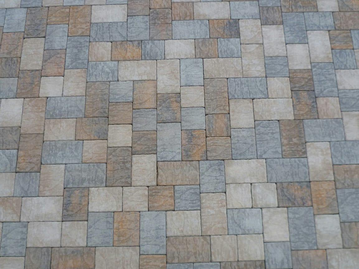 Baldosas de exterior de cemento efecto piedra borgo sabbia for Baldosas de exterior