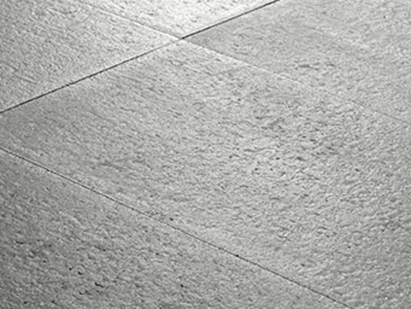 Baldosas de exterior de cemento efecto piedra confini by for Baldosas de pared exterior