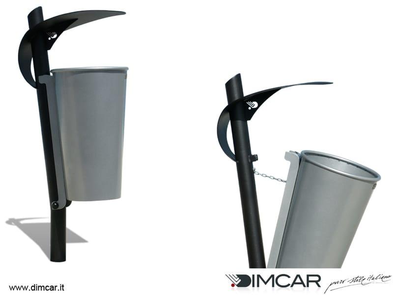 Portarifiuti in metallo per esterni con coperchio cestino for Dimcar arredo urbano