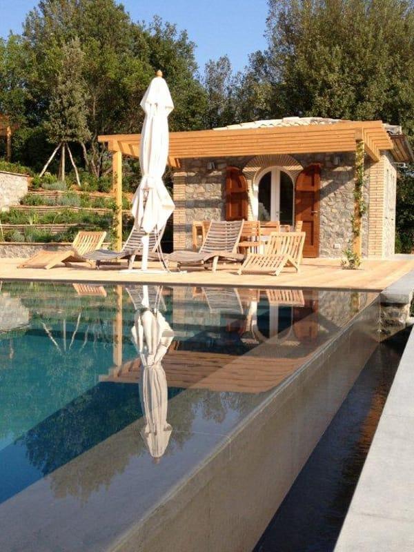 Infinity swimming pool by indalo piscine - Piscine avec cascade ...