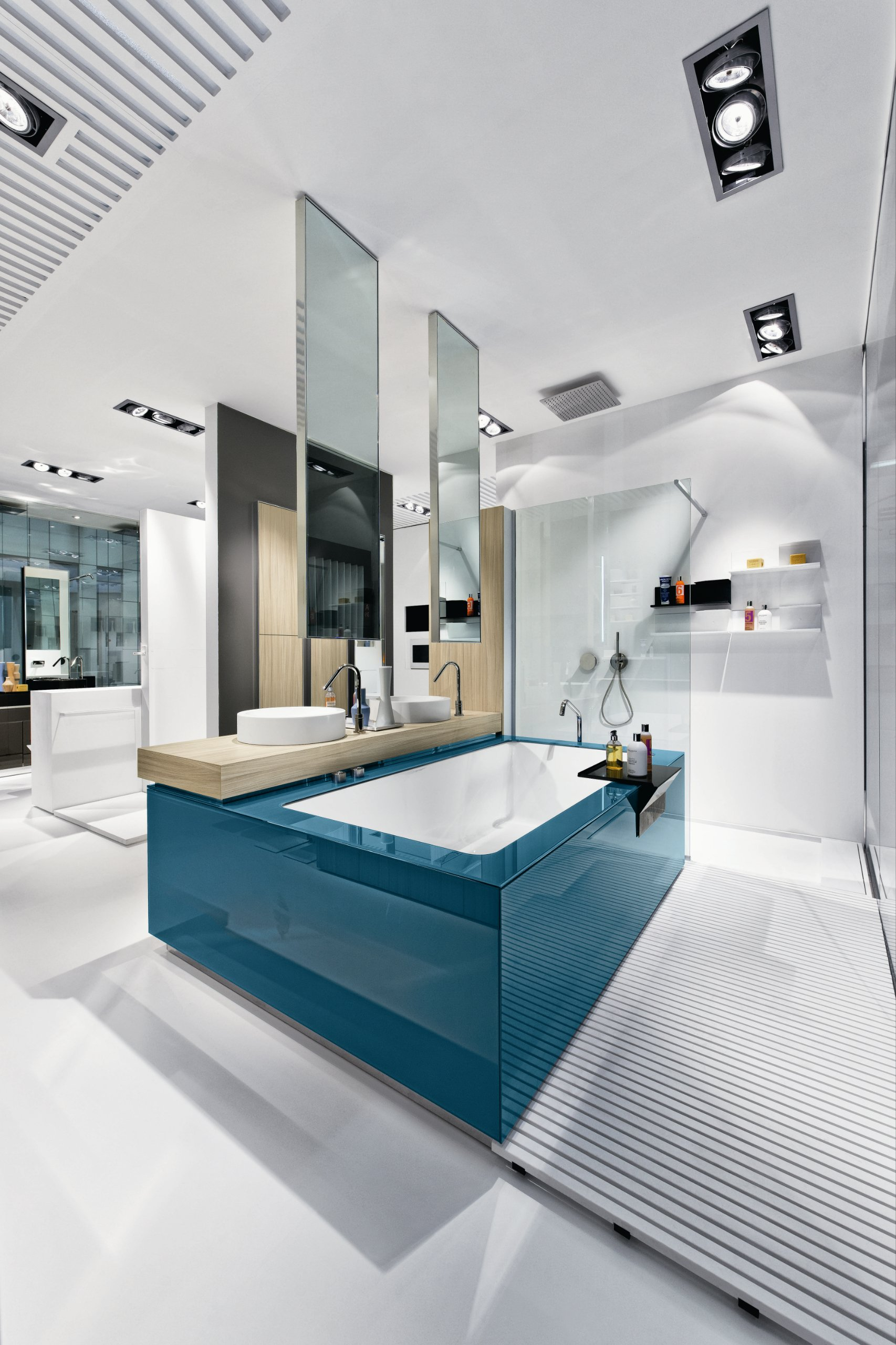 Salle de bains compl te baignoire lavabo bacs douche for Salle de bains complete