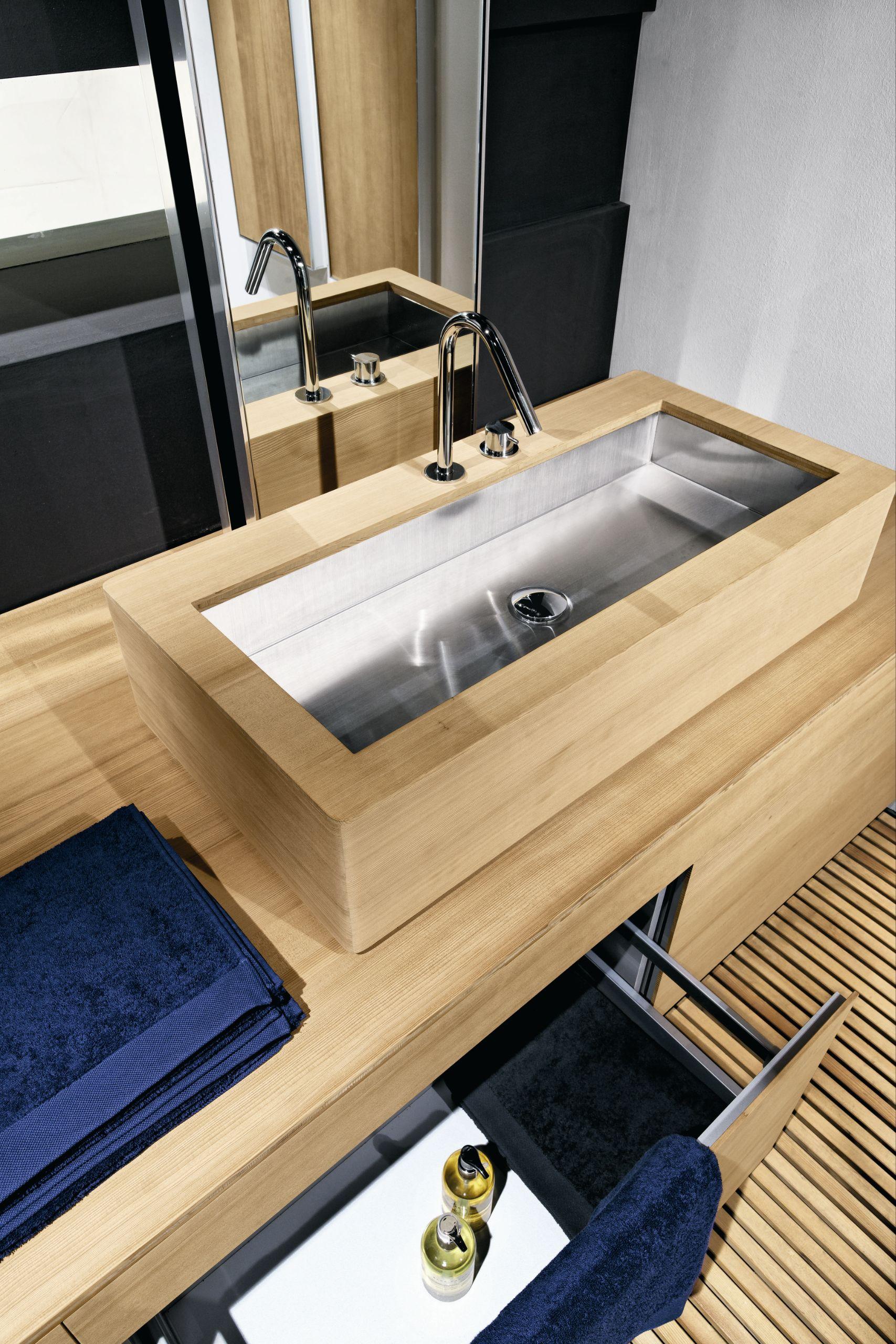 Salle de bains complète baignoire lavabo bacs À douche frontal 2 ...