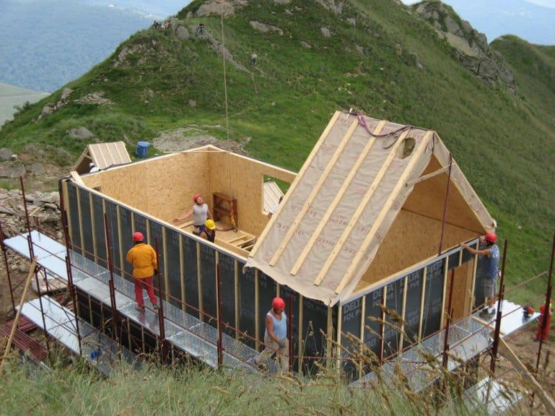 Casa in legno sistema telaio by galloppini legnami for Case in legno americane prezzi