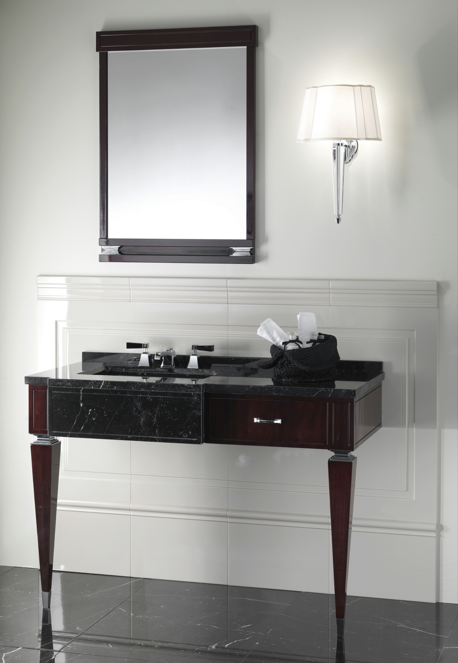 bentley specchio bagno by devon devon. Black Bedroom Furniture Sets. Home Design Ideas