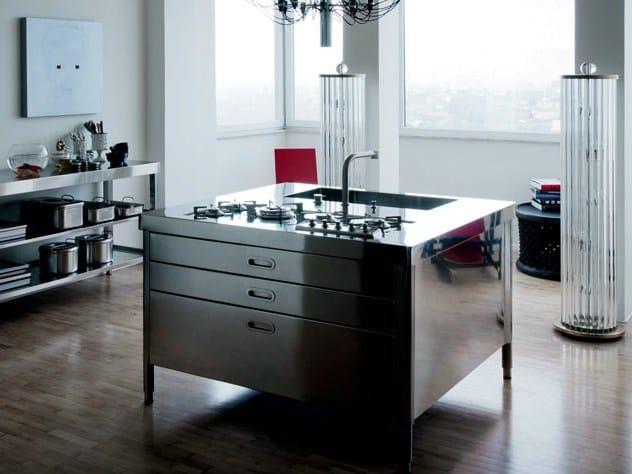 Liberi in cucina modulo cucina in acciaio inox by alpes inox design nico moretto - Cucine alpes inox prezzi ...