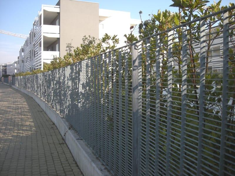 Recinzione modulare in acciaio free by grigliati baldassar for Baldassar recinzioni
