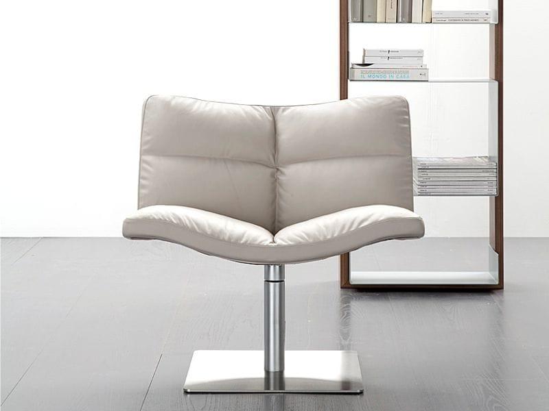 Petit fauteuil en cuir avec chevalet wave lounge 901 by tonon design peter maly - Petit fauteuil en cuir ...