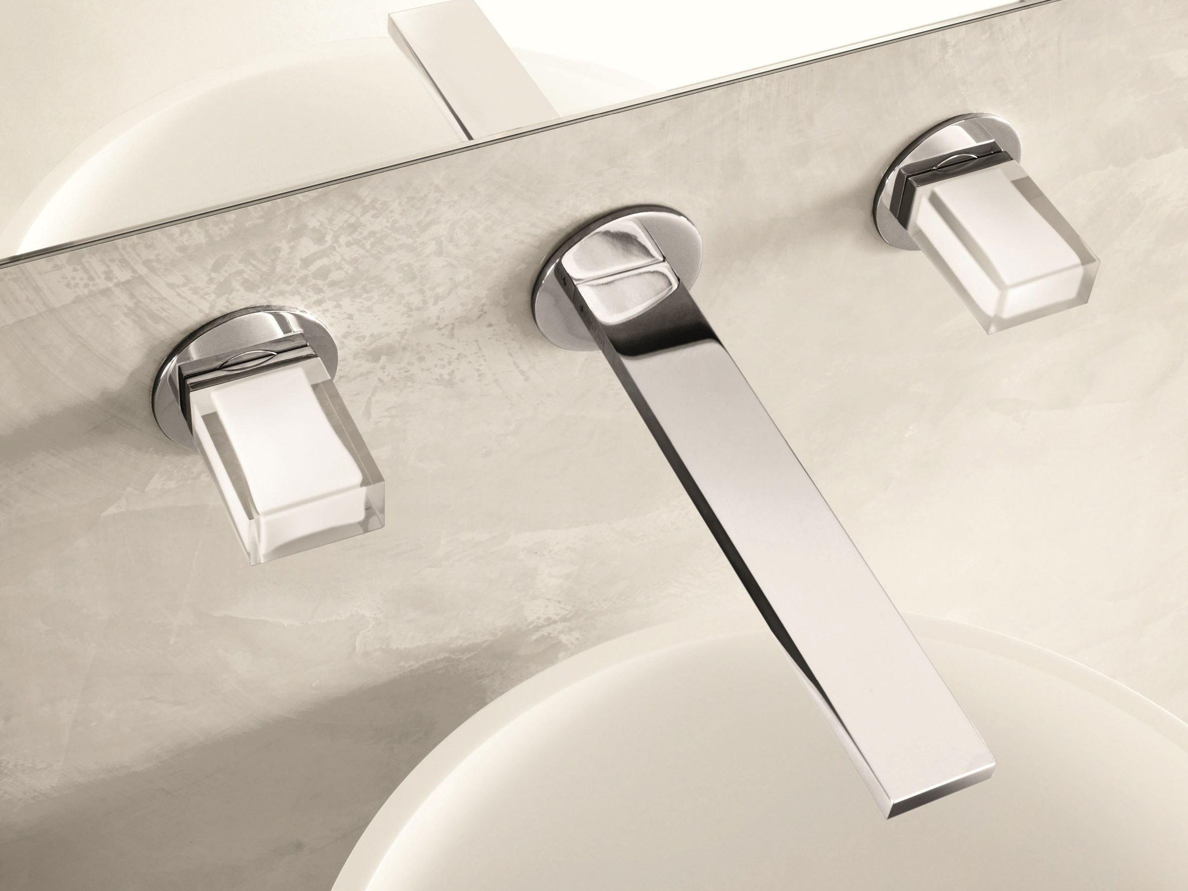 Venezia in robinet pour lavabo mural by fantini rubinetti for Robinet mural pour lavabo