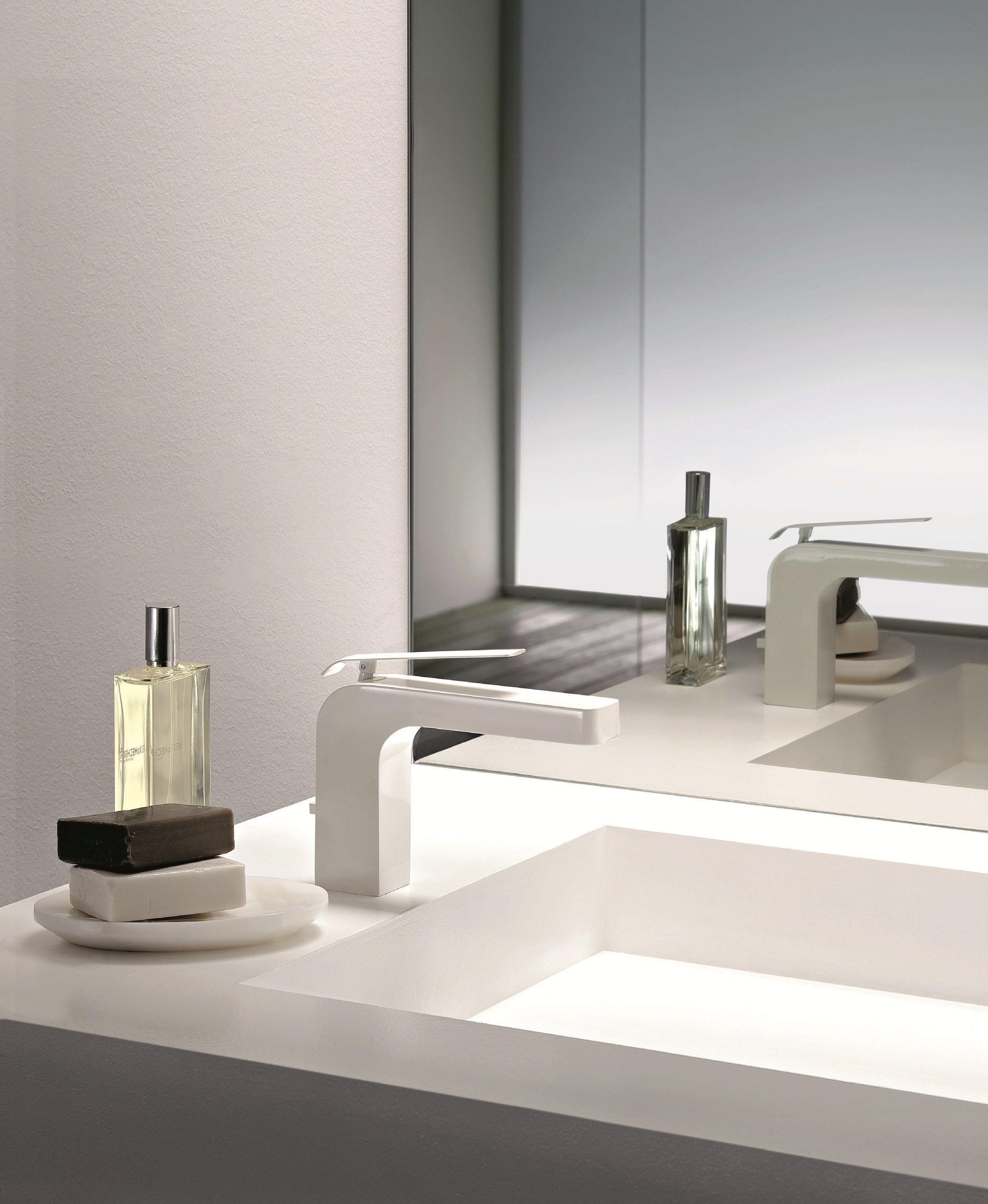 Dolce miscelatore per lavabo verniciato by fantini for Rubinetti per lavabo