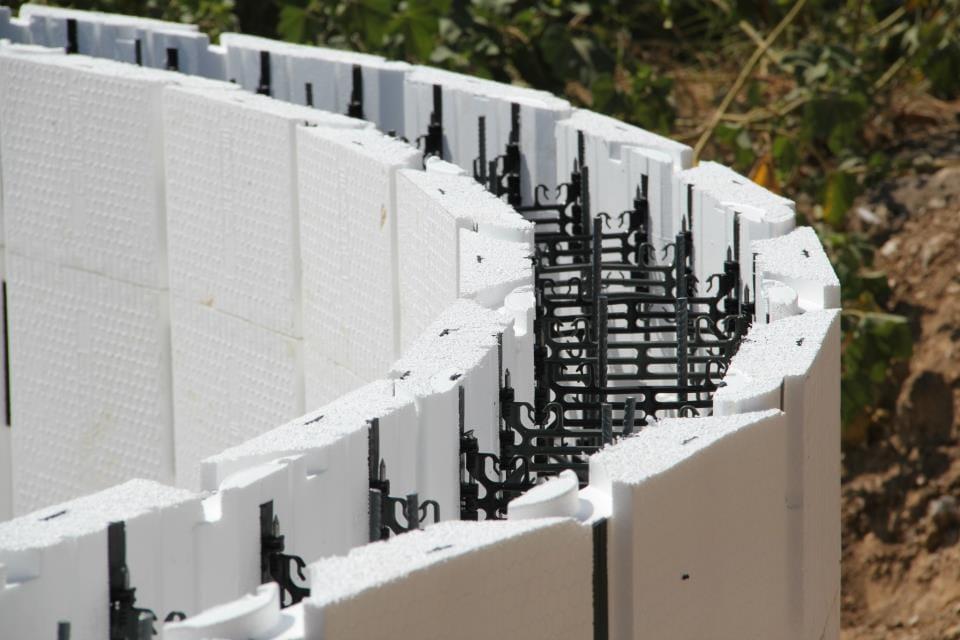 Panel de encofrado autoportante para solera h2wall pool by for Casseri in polistirolo per piscine