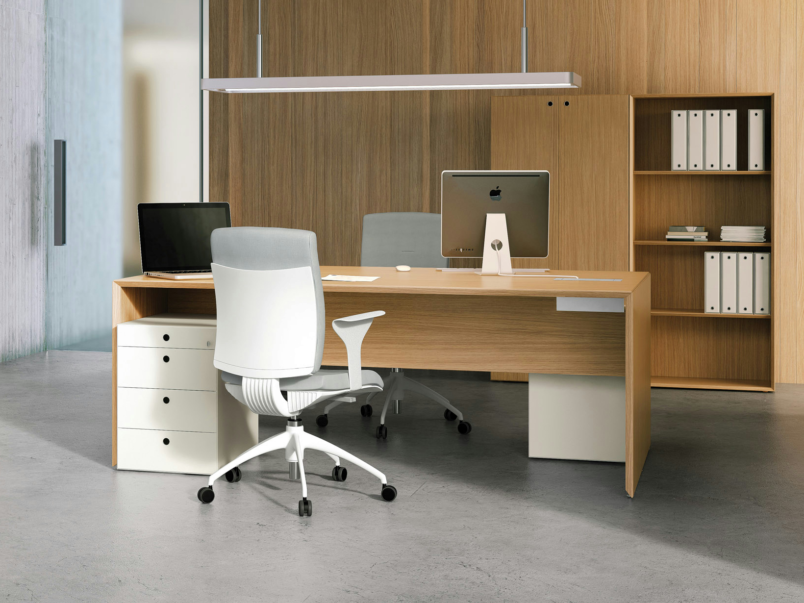 Quaranta5 escritorio de oficina de roble by fantoni for Escritorio oficina