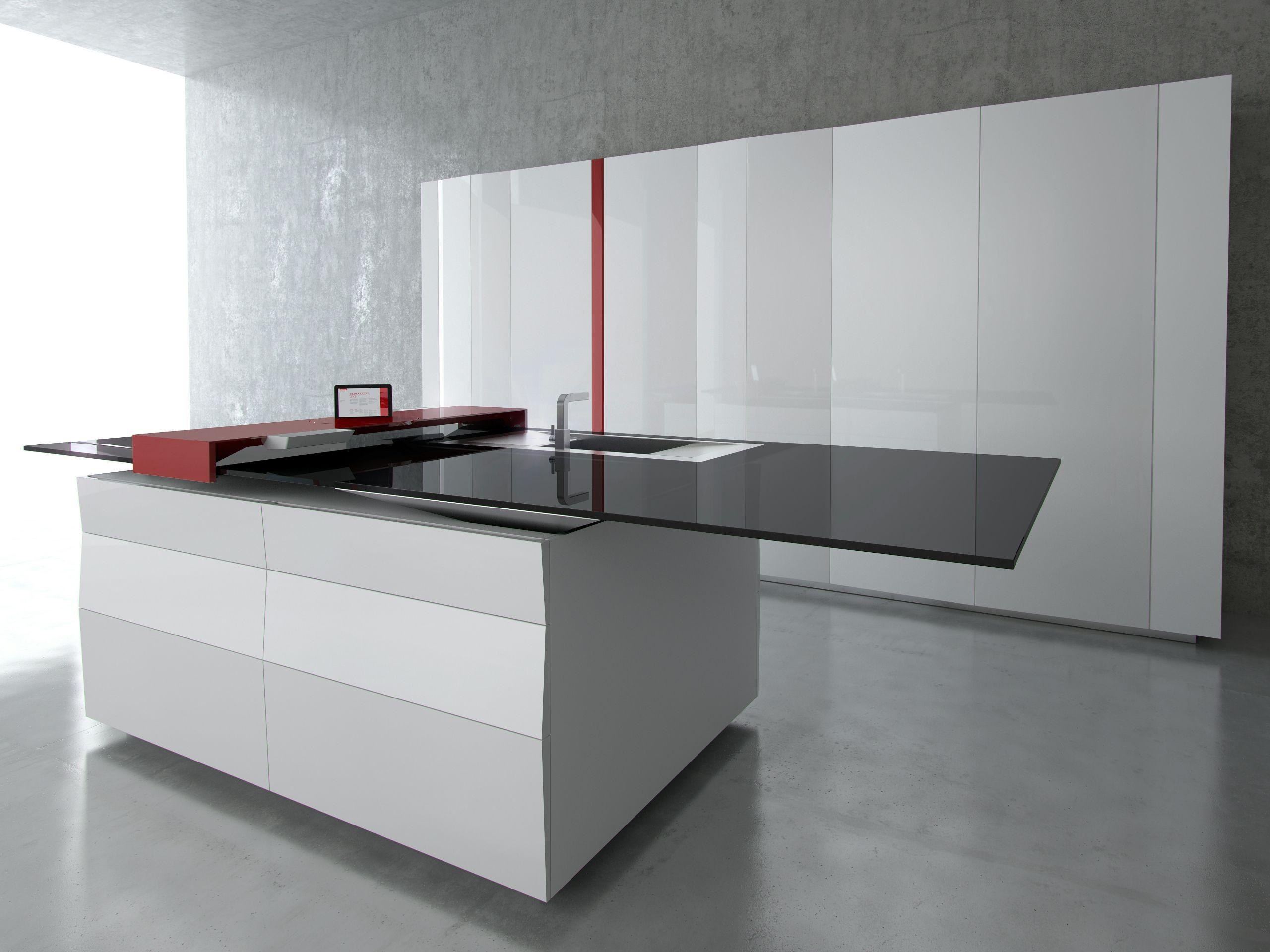 Cucina laccata con isola prisma by toncelli cucine design for Isola cucina design