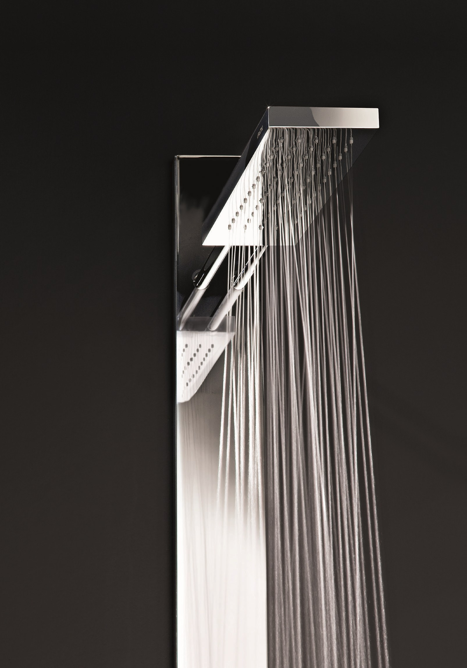 Wall mounted multifunction shower panel acquatonica by for Rubinetti design