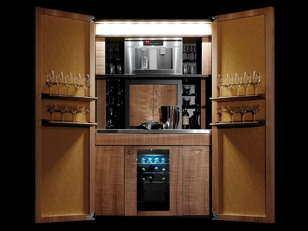 meuble bar en bois cocktail tower by toncelli cucine. Black Bedroom Furniture Sets. Home Design Ideas
