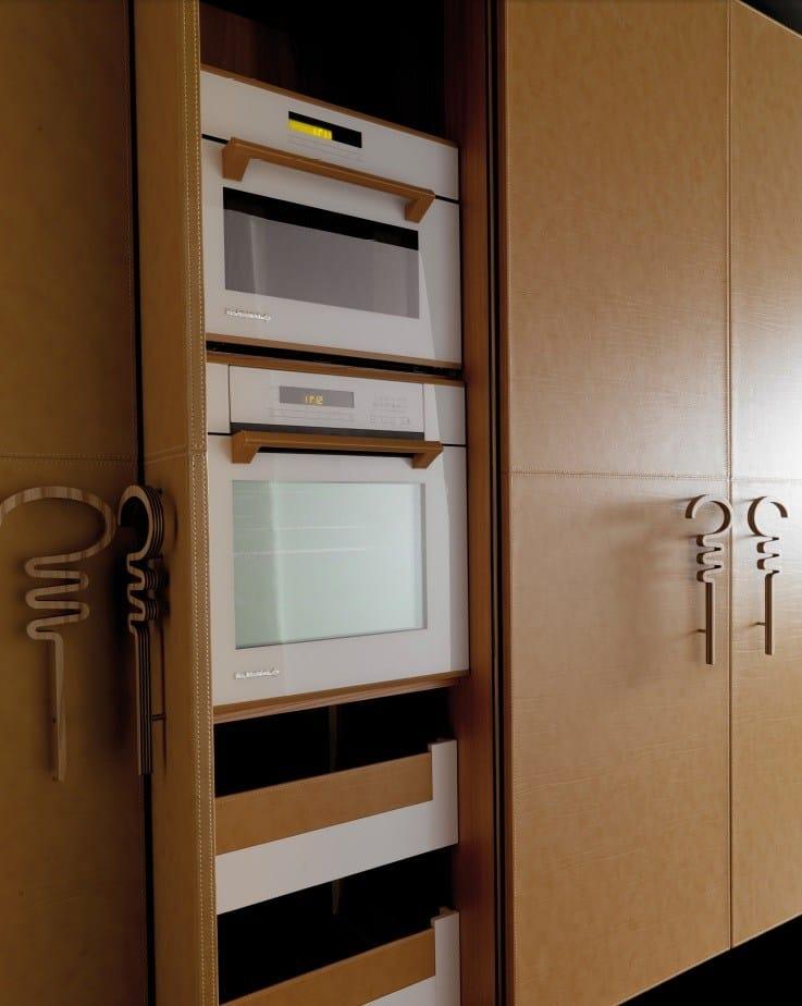 Cucina In Legno E Marmo Interior Design: Cucina con isola. Cucina ...