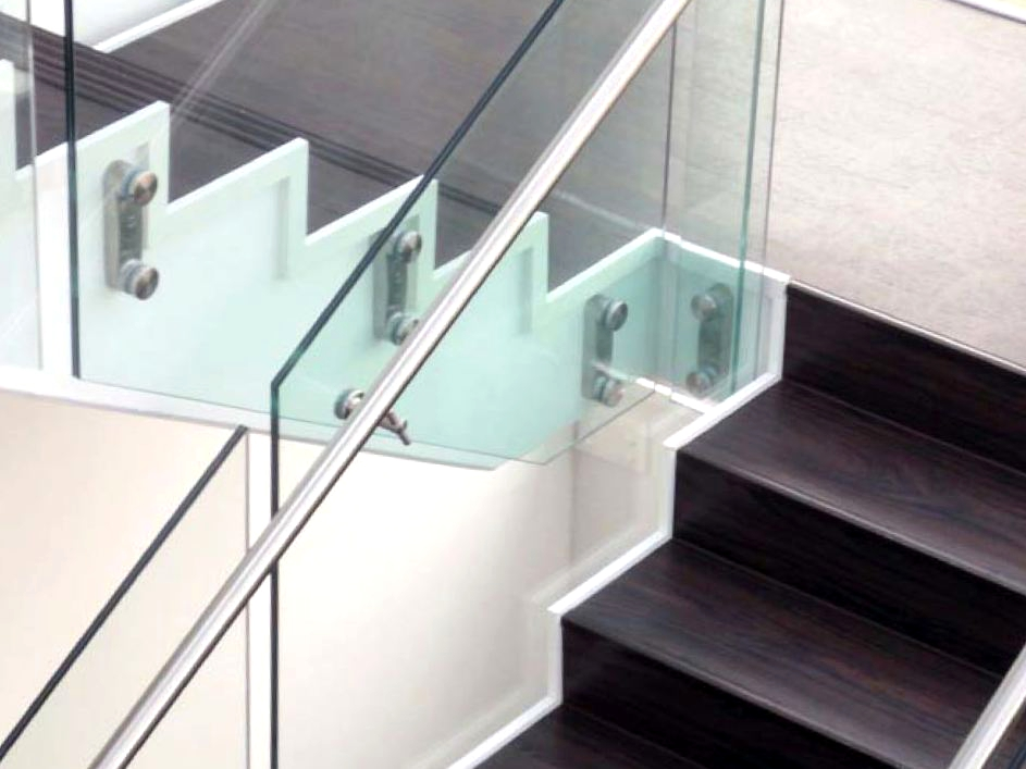 glass and stainless steel stair balustrade easy glass mod 0760 0766 by q railing italia. Black Bedroom Furniture Sets. Home Design Ideas