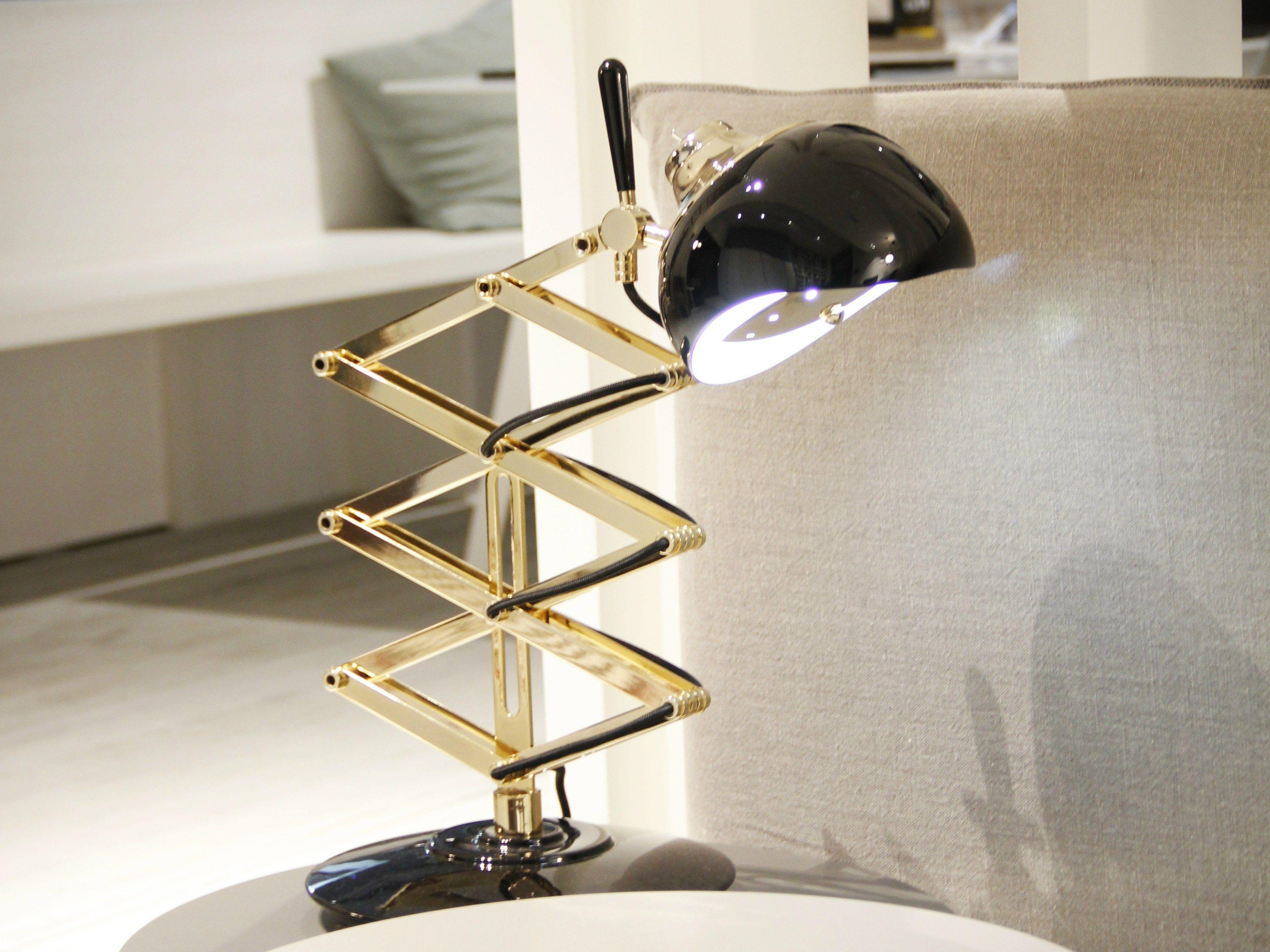 lampe de bureau bras articul billy by delightfull. Black Bedroom Furniture Sets. Home Design Ideas