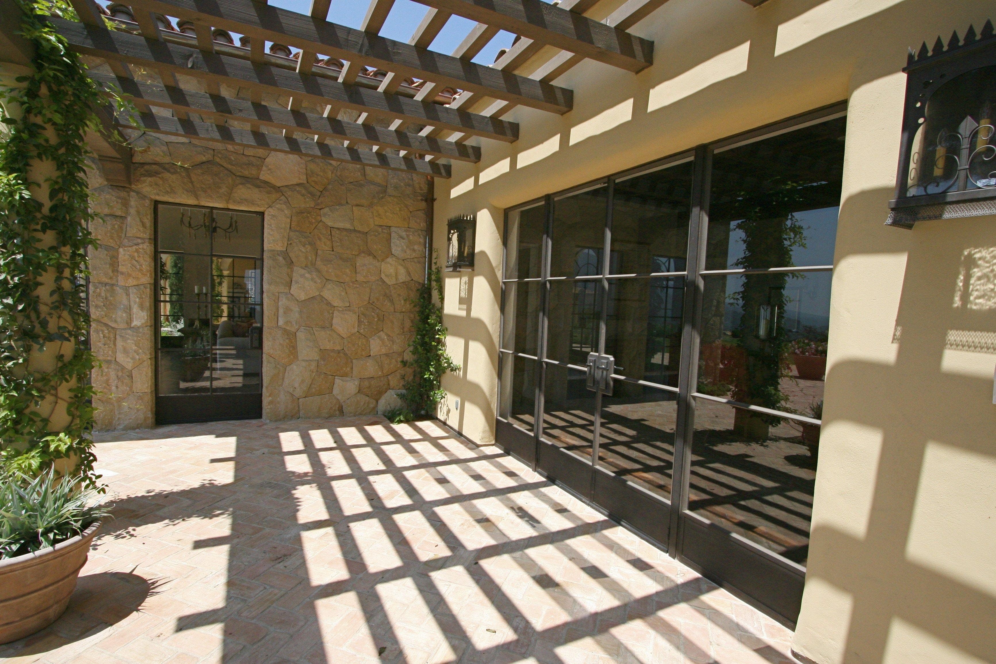 Finestra a battente con doppio vetro in bronzo - Porta finestra doppio vetro ...