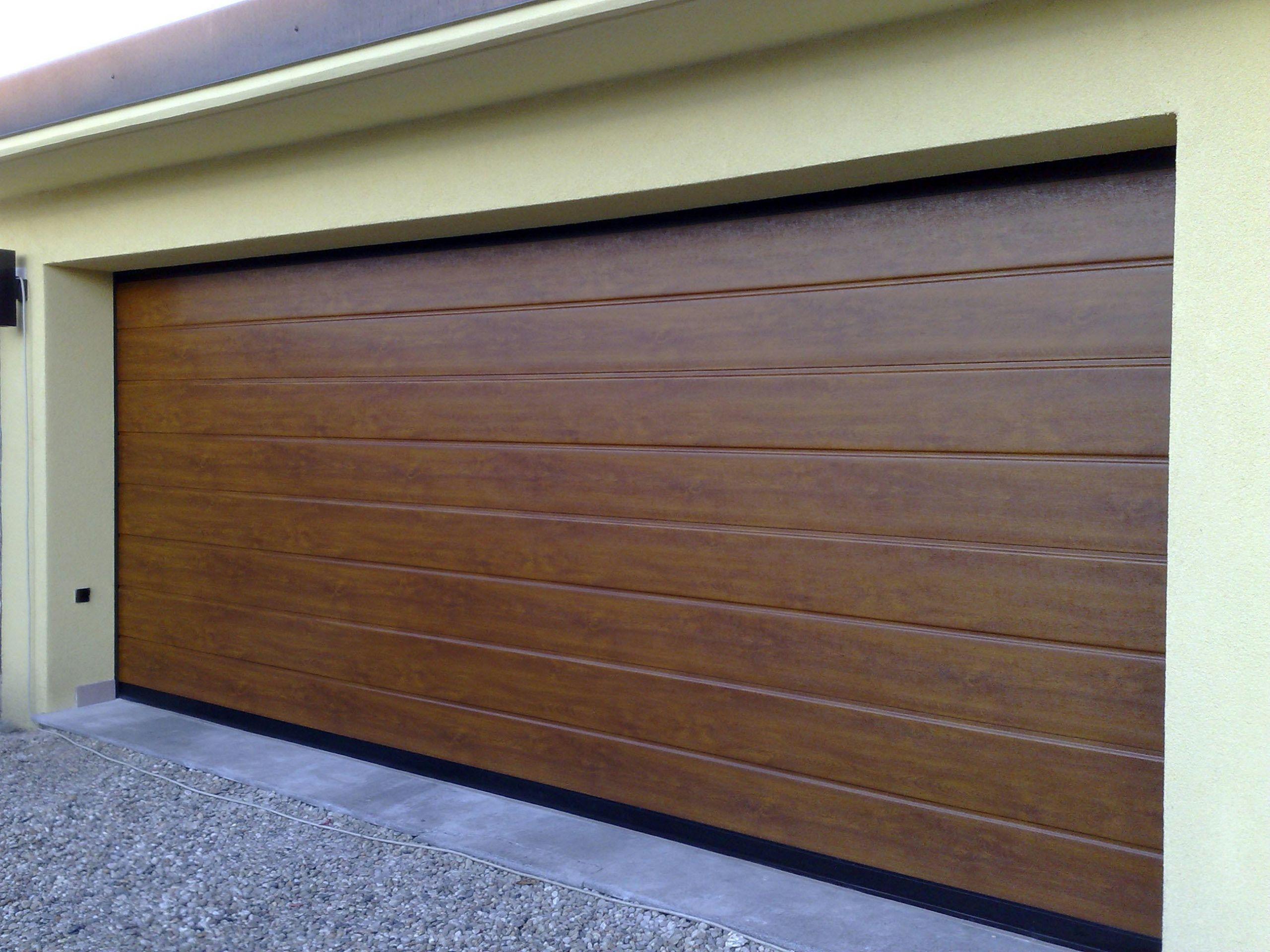 Puerta de garaje seccional italdoor apz by italpannelli - Puerta garaje seccional ...