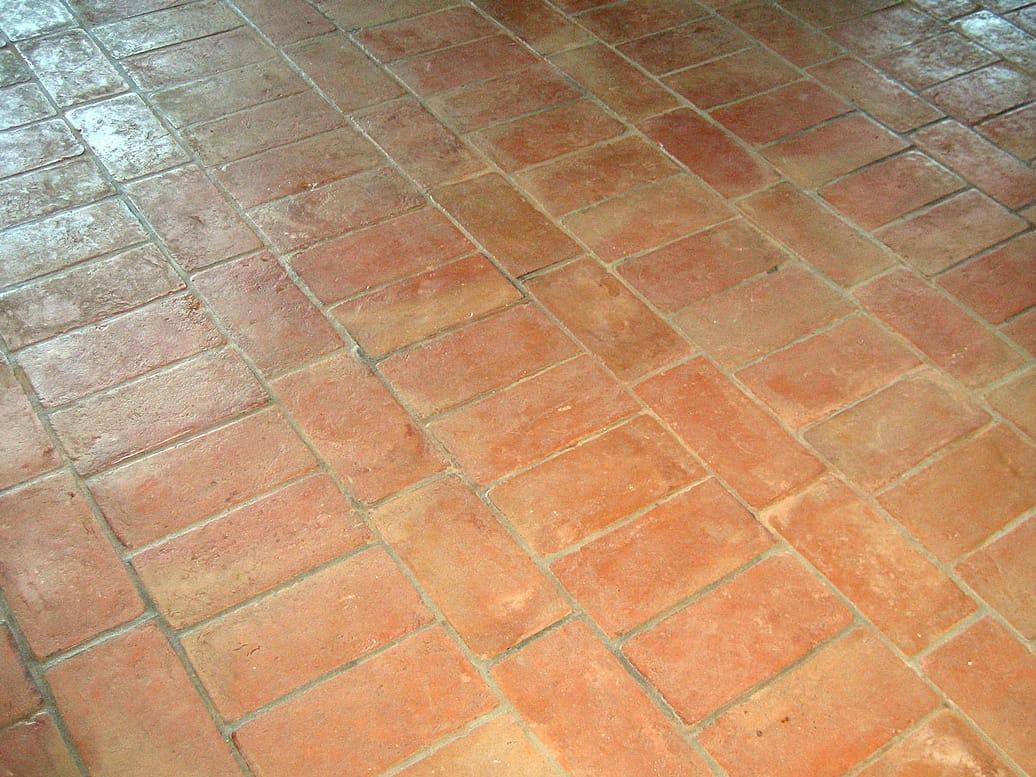 Pavimento in cotto per interni ed esterni antico cotto a mano by b b - Pavimento in cotto per esterno ...