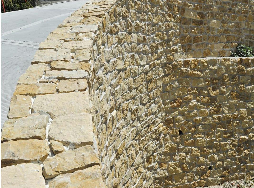 Revestimiento de fachada de piedra natural giallo reale by b b - Revestimientos piedra natural ...