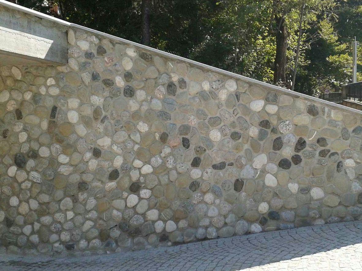 Revestimiento de fachada de piedra natural sasso - Fachada de piedra natural ...