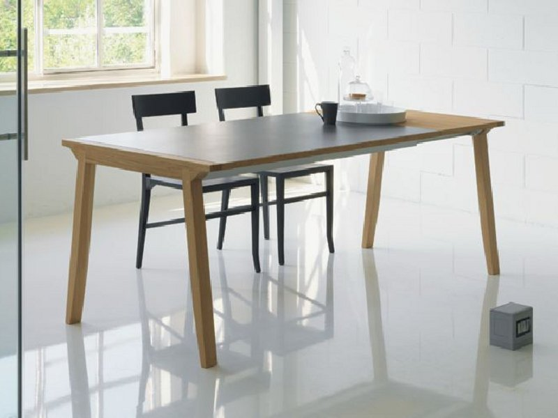 Table extensible manger en bois pigreco by linfa design for Table de salle a manger evolutive