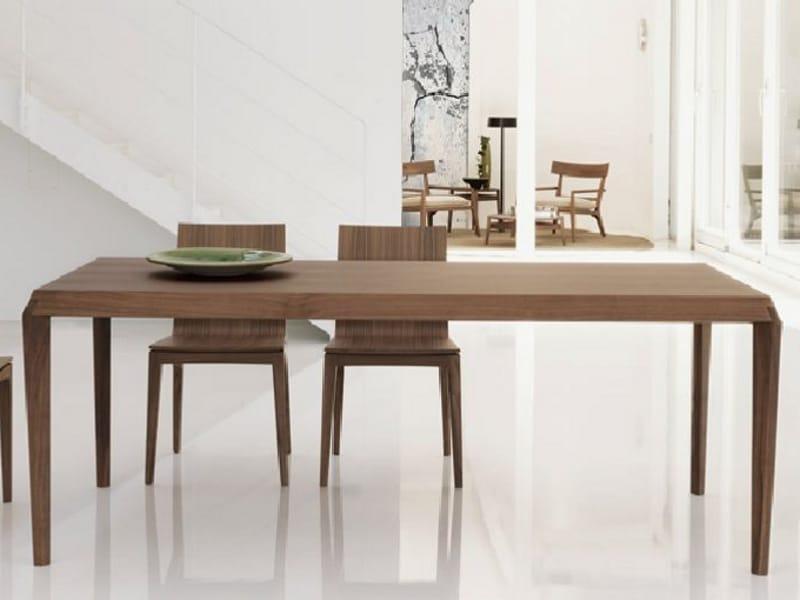 Table manger rectangulaire en bois stilo by linfa design - Table a manger design bois ...