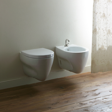 Wall hung ceramic toilet muse 56x36 muse collection by for Ceramica catalano