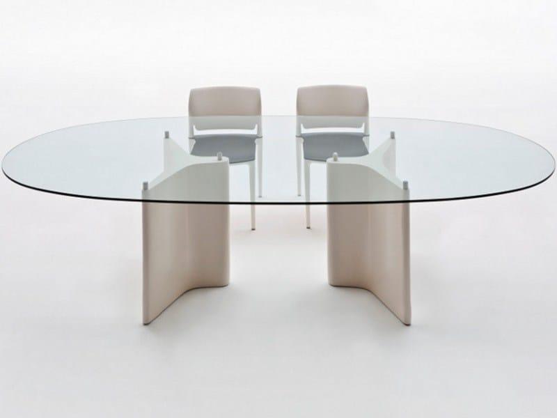 Tee tavolo ovale by segis design bartoli design for Tavolo ovale allungabile vetro
