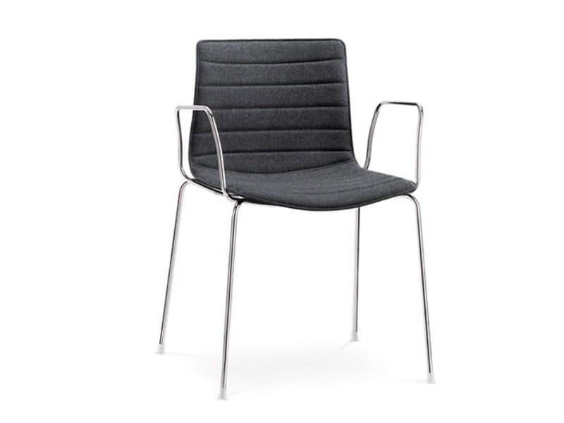 catifa 46 stuhl mit armlehnen by arper design lievore. Black Bedroom Furniture Sets. Home Design Ideas