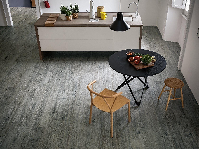 Pavimento in gres porcellanato effetto legno treverkhome by marazzi - Fliesen marazzi ...