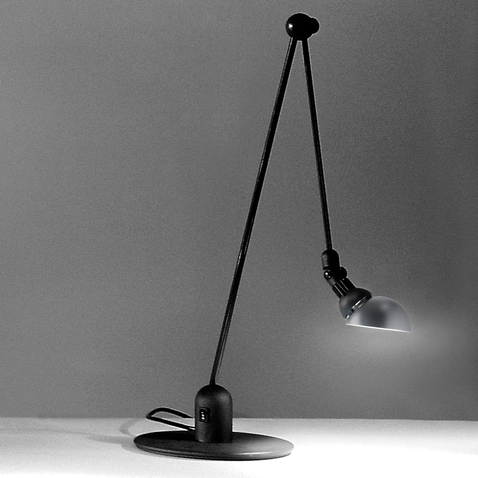 Купить настольную лампу для рабочего стола на струбцине в