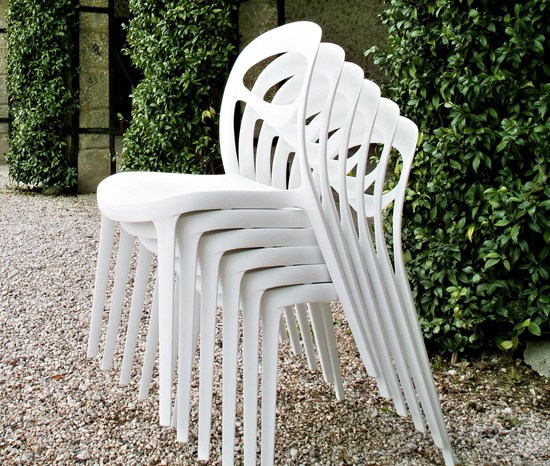 chaise chaise de jardin en plastique for you by. Black Bedroom Furniture Sets. Home Design Ideas