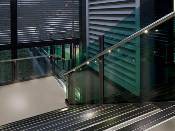 led handrail q led by q railing italia. Black Bedroom Furniture Sets. Home Design Ideas