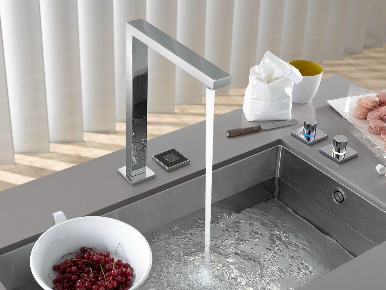Sistema integrato miscelatore lavello da cucina eunit for Moderne badausstattung