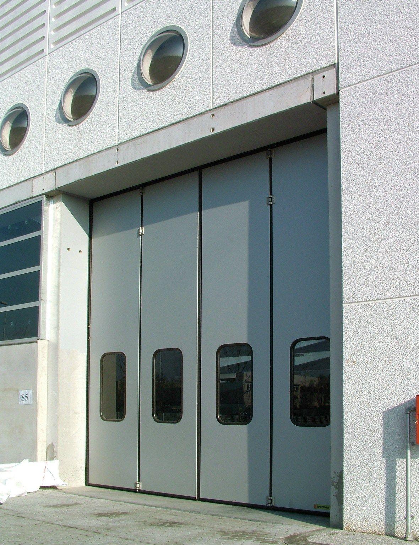 Industrial Bifold Doors : Folding doors industrial