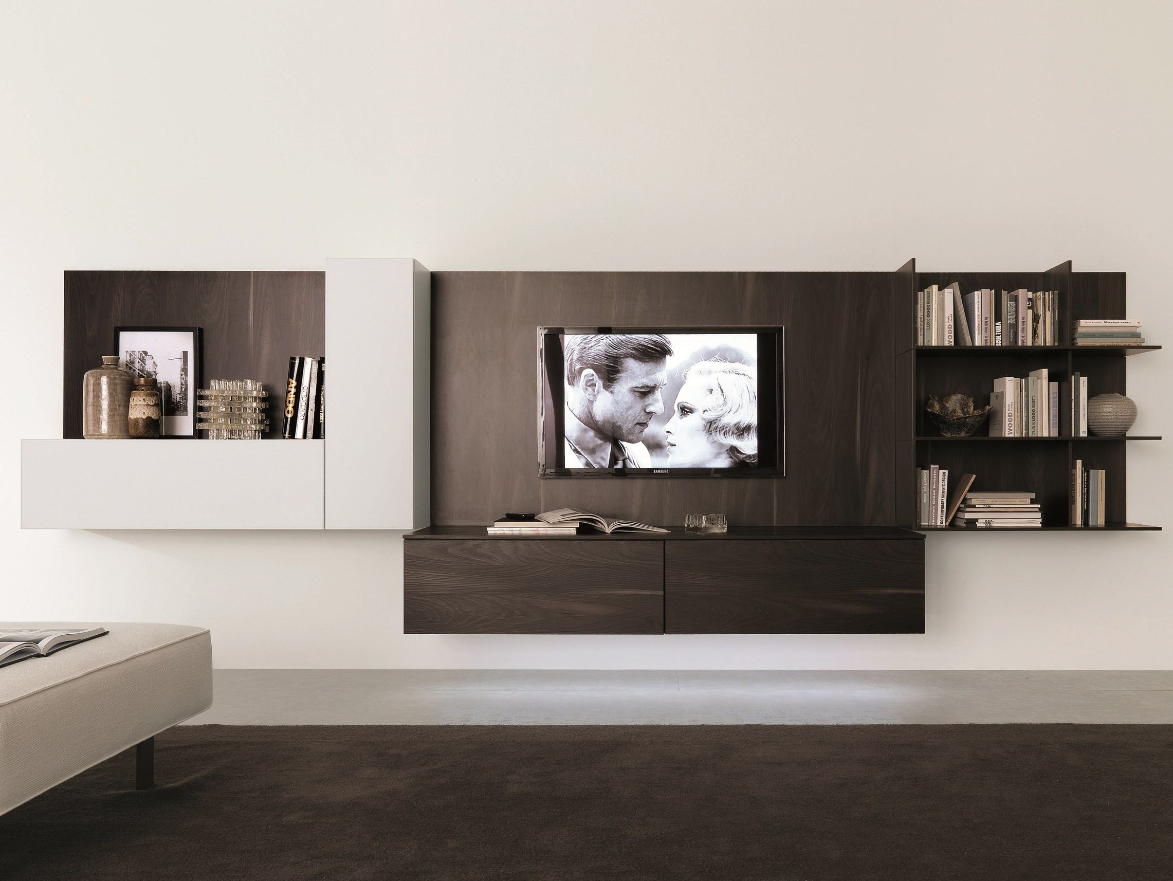 Muebles para tv en pared imagui for Muebles para television modernos