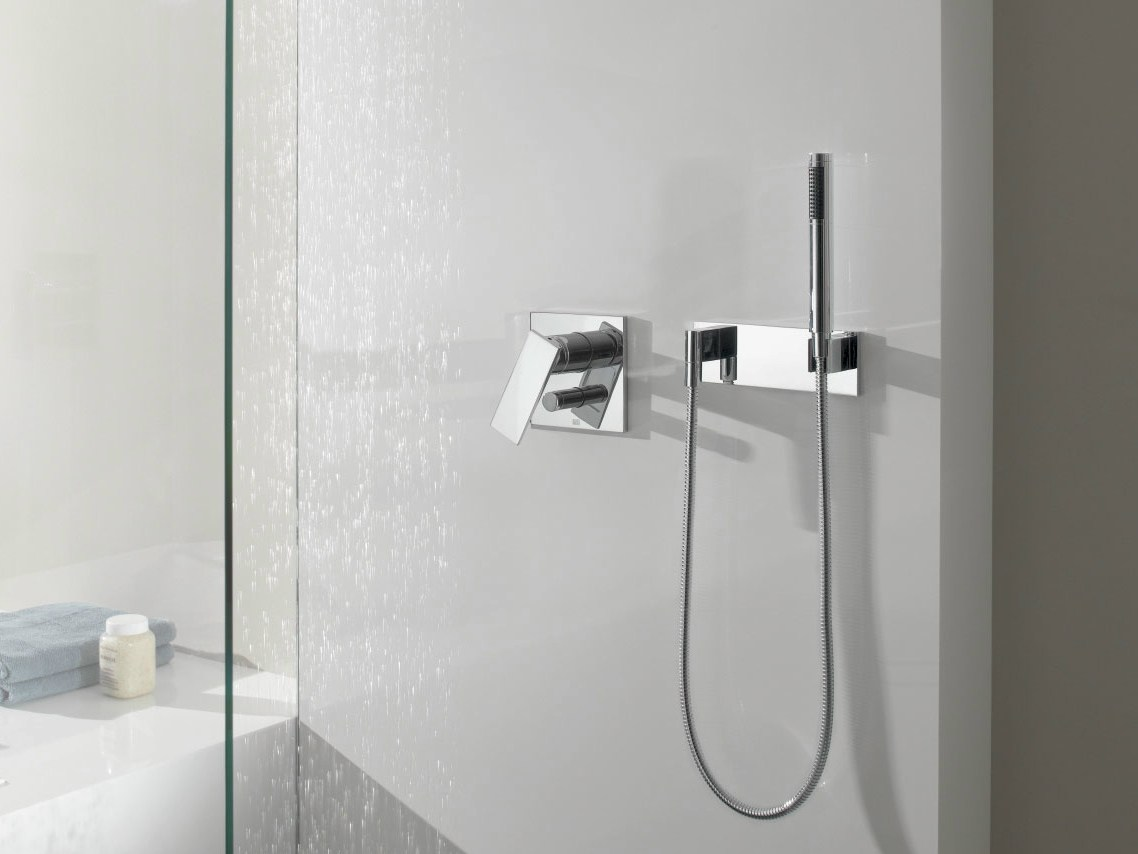 Wall Mounted Bath Shower Mixer Single Handle Shower Mixer With Diverter Supernova By