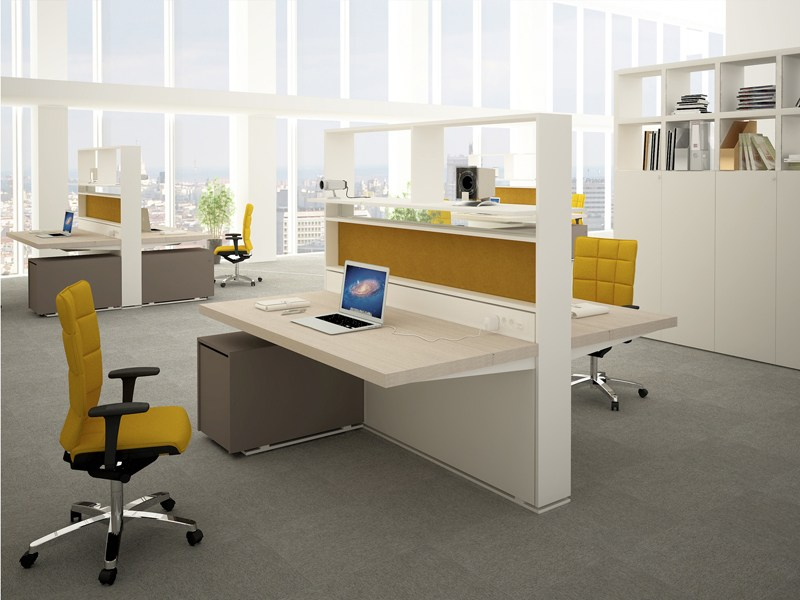 Multiple office workstation acustic wall estel office line for Small shared office design