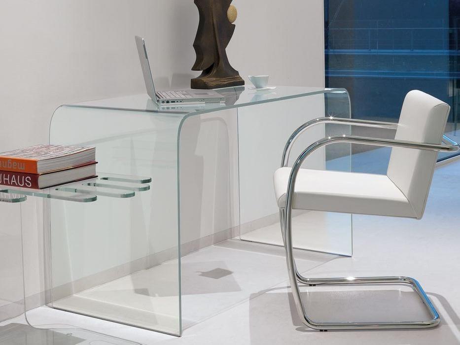 Scrivania in vetro design accademia by italy dream design for Scrivanie ufficio vetro prezzi