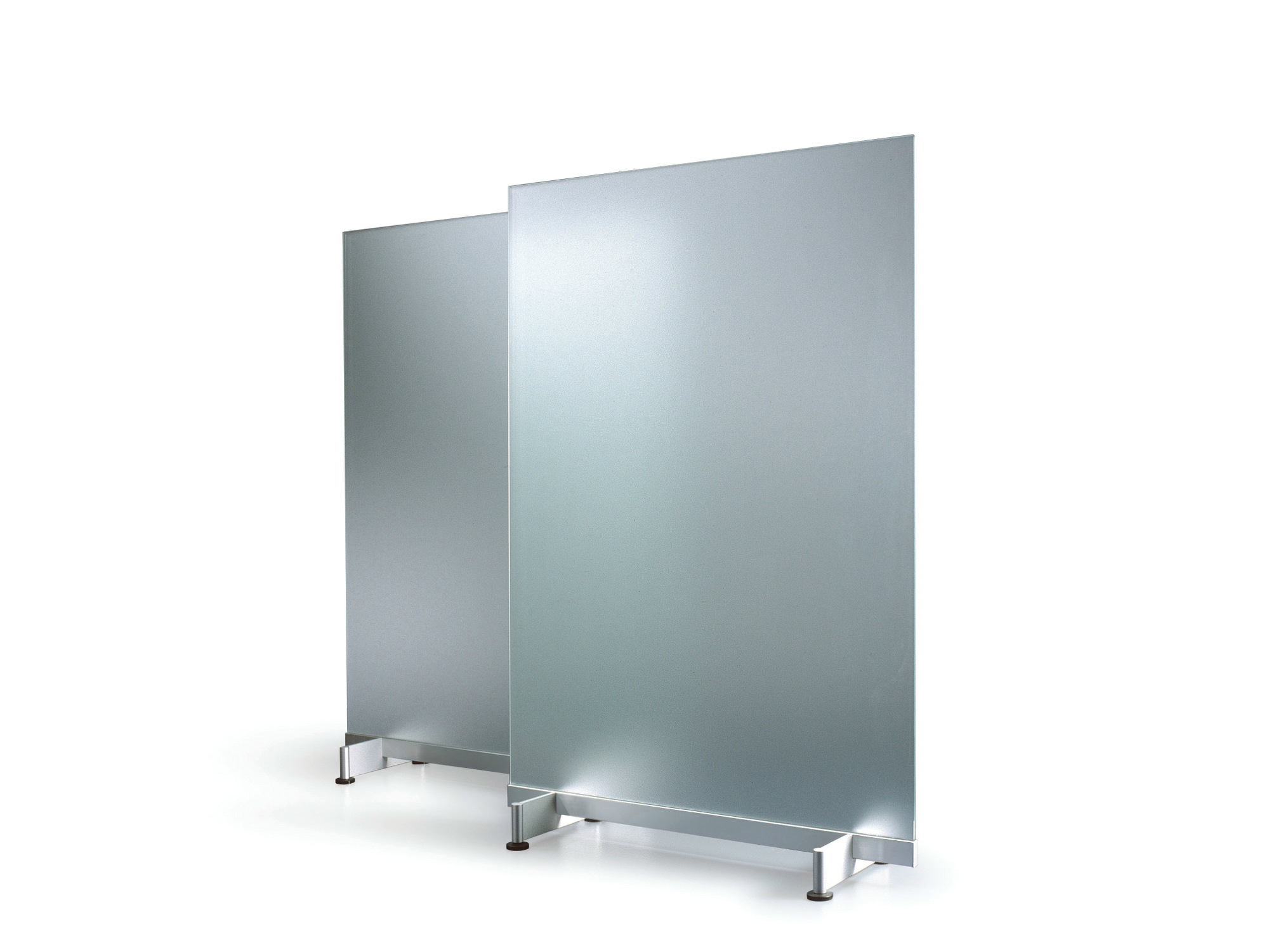 glass workstation screen vip by abstracta design friis moltke
