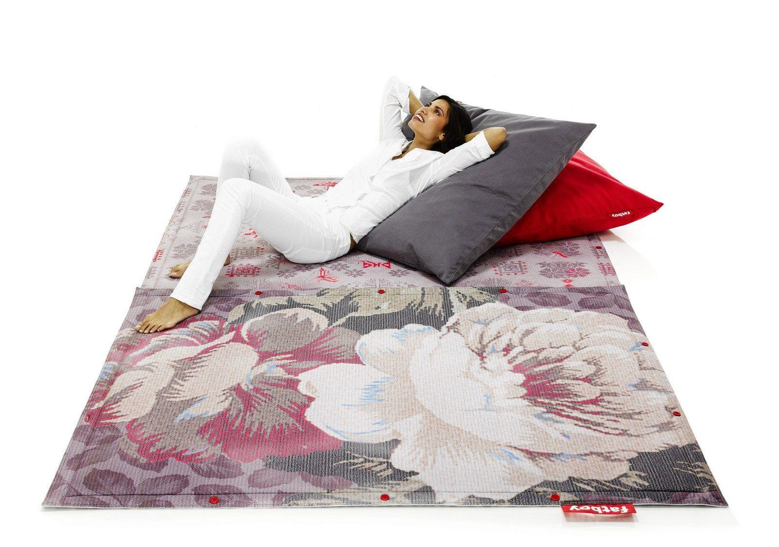 coussin carr e en coton de sol cuscino stonewashed by fatboy italia design studio kluif. Black Bedroom Furniture Sets. Home Design Ideas