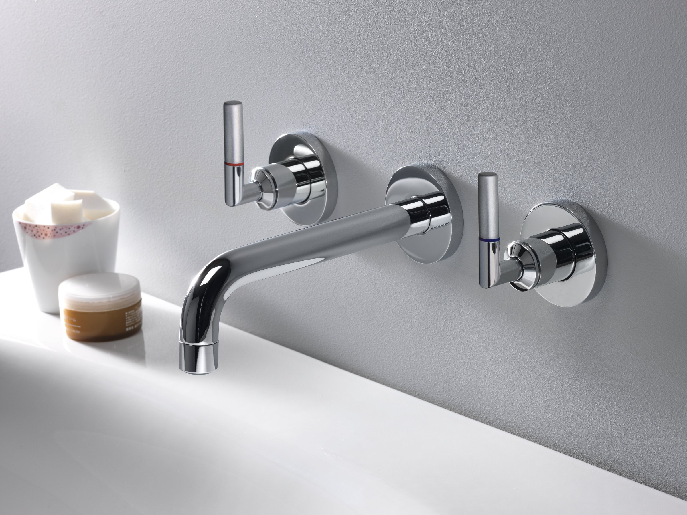 Grifo para lavabo de pared con 3 orificios picche elite for Griferia pared