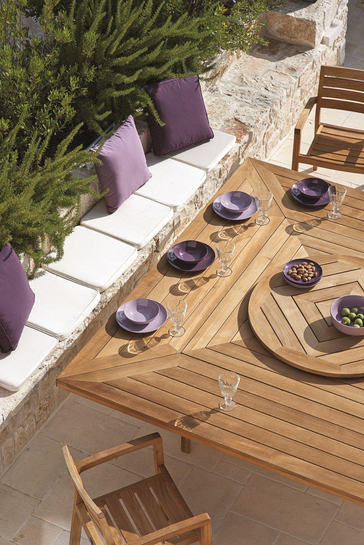 Gartentisch Holz Mit Loch FUr Sonnenschirm ~ quadratischer Gartentisch aus Teakholz mit Loch für Sonnenschirm