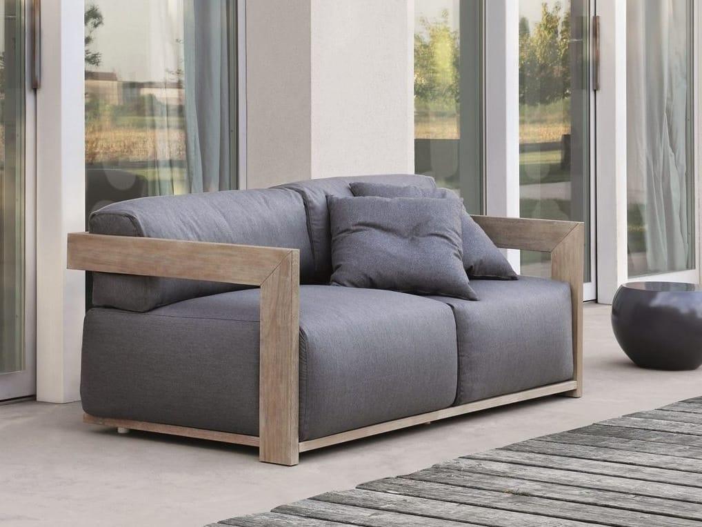 claud garden sofa by meridiani design andrea parisio. Black Bedroom Furniture Sets. Home Design Ideas