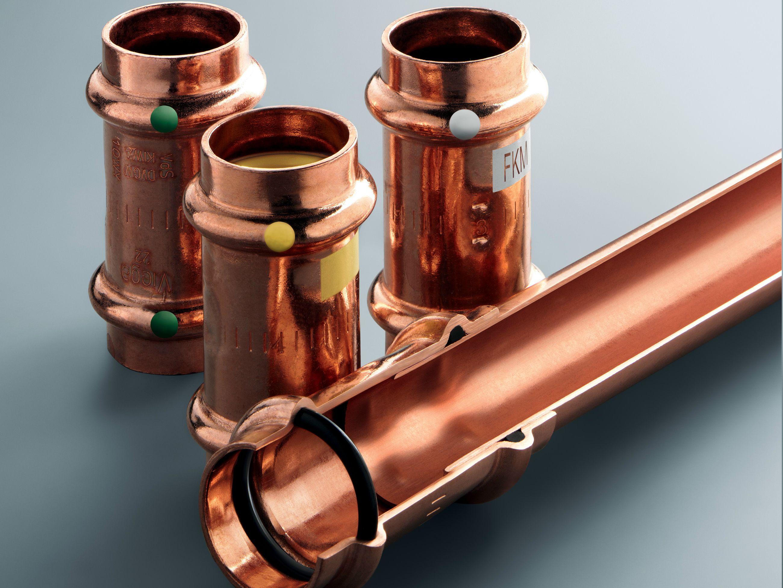 Raccordi in rame per impianto di riscaldamento e acqua for Serbatoio di acqua di rame