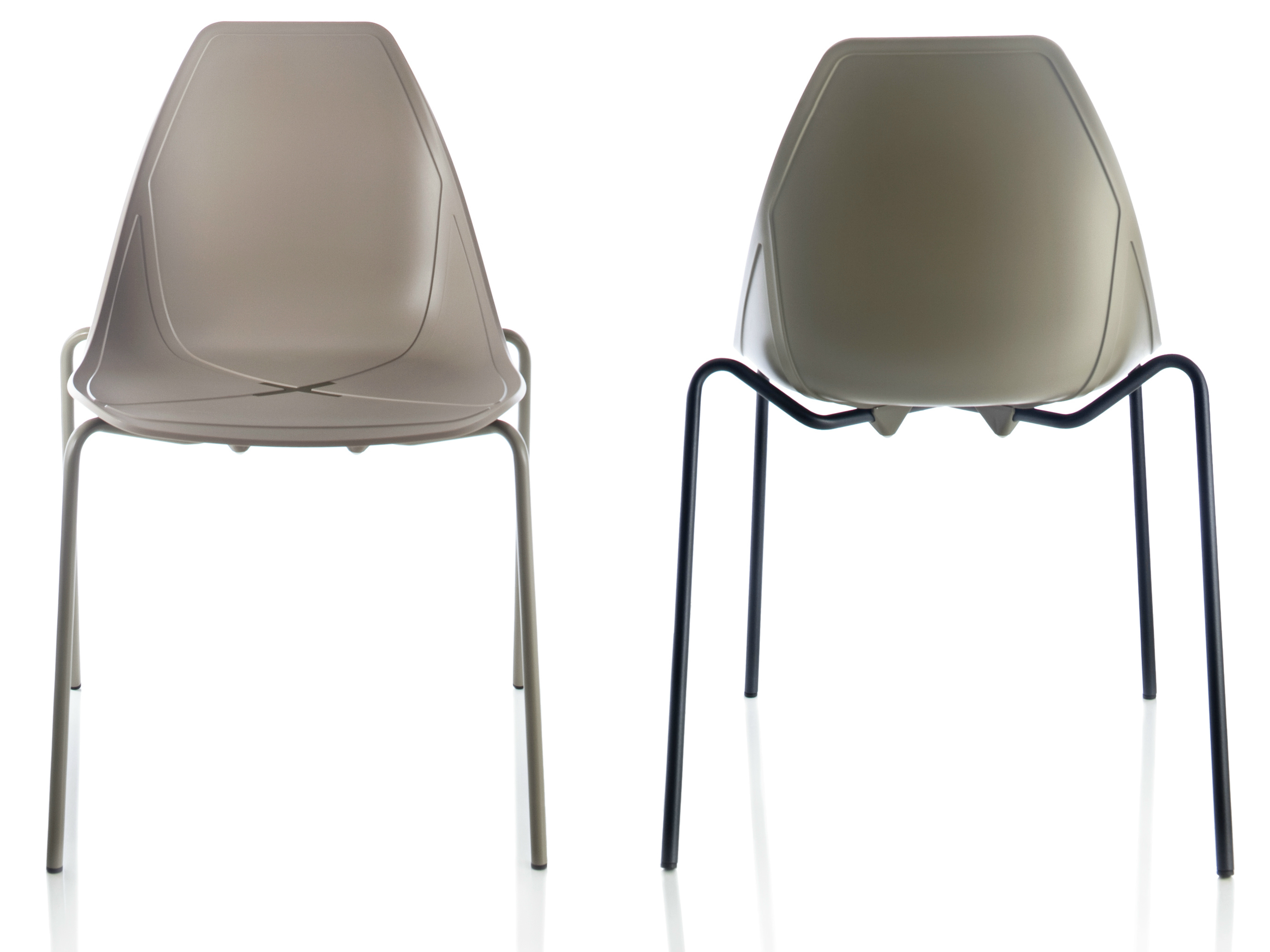 Stackable polypropylene chair X FOUR By ALMA DESIGN design Mario
