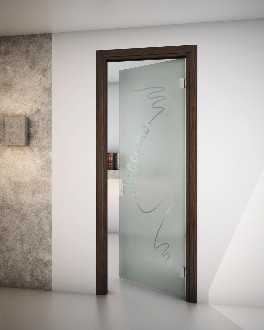 Porta a battente con stipite sinthesy sliver v1 by foa - Porte d interni moderne ...