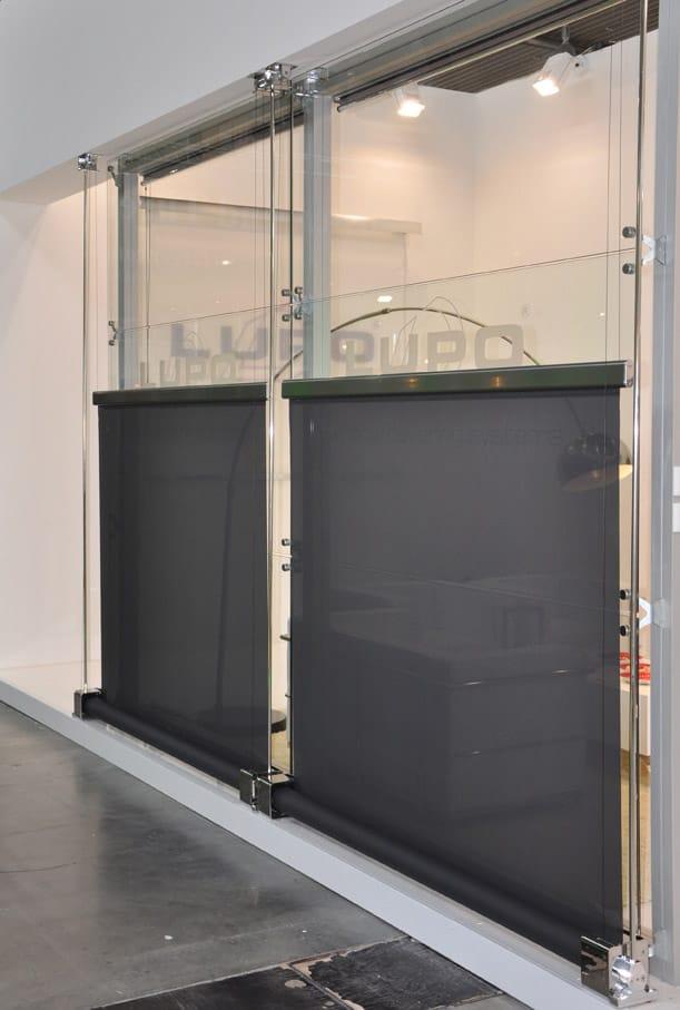 Tenda da sole scorrevole con guide laterali tension an 640 - Tende per finestre oblique ...
